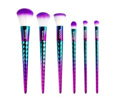 New- GWA's Mermaid Mythical Collection Makeup Brushes. Pretty makeup brush set with sea form turquoise, sea blue and mermaid scale pink handles. Cruelty free! Available exclusively on girlswithattitude.co.uk