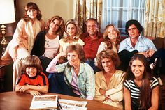 Eight Is Enough (1977–1981) ~~ Comedy | Drama | Family ~~ Focused on a family with eight very independent children