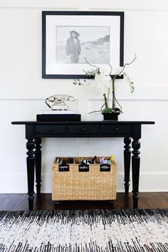 Organization ideas for home: Tips for cleaning up the front hallway.