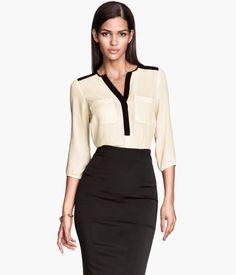 H&M tilbyr mote og kvalitet til beste pris Dressy Tops, Business Attire, Business Fashion, Business Outfits, Work Fashion, Fashion Outfits, Womens Fashion, Skirt Outfits, Dress Skirt
