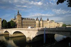 Paris, Pont au change by elodie50a.deviantart.com