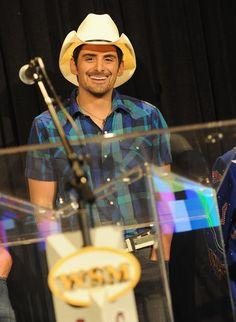 Brad Paisley Photos - Concerts For The Coast Series Presents: Brad Paisley - Zimbio