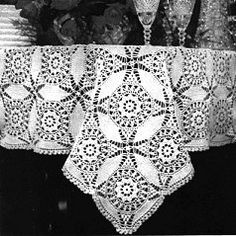 Cathedral Window Tablecloth http://web.archive.org/web/20080102082102/http:/www.angelfire.com/folk/celtwich/Cathedral.html
