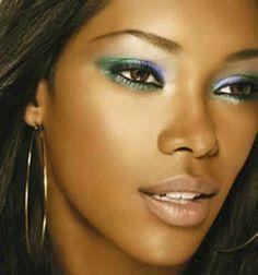 Pelle scura?!?!? ecco come creare il Trucco Perfetto #makeup ...per visualizzare il TUTORIAL➨➨➨ http://www.womansword.it/donna-bellezza-consigli/beauty-fai-da-te/beauty-fai-da-te-make-up/pelle-scura-ecco-come-creare-il-trucco-perfetto/