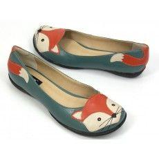 FOX Zpz Shoes, Your Shoes, Blue Suede Shoes, Shoe Closet, Crazy Shoes, Japanese Fashion, Casual Shoes, Flats, Fashion Outfits
