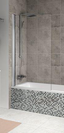 Mampara de una hoja abatible transparente para bañera de baño principal.