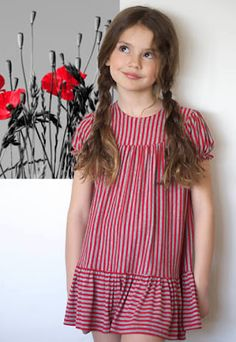 Hannah, I think this little girl needs to be their daughter! I've pinned a few pictures if her! She's the perfect mix! Fashion Kids, Young Fashion, Fashion Shoes, Little Dresses, Little Girl Dresses, Girls Dresses, Outfits Niños, Outfits For Teens, Kids Clothes Sale