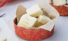 This simple shortbread recipe is as buttery and melt-in-the-mouth as any fancy traditional recipe. Whip up a batch and wrap them up for Christmas! Noel Christmas, Christmas Treats, Christmas Recipes, Christmas Foods, Christmas Stuff, Christmas Christmas, Holiday Recipes, Xmas Food, Christmas Cooking