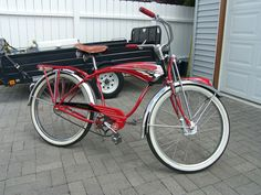 The Schwinn enthusiast site with a growing gallery of vintage Schwinn Bicycles and seller of restoration paints and decals for your vintage Schwinn bicycle. Old Bicycle, Pedal Cars, Classic Bikes, Vintage Bicycles, Tricycle, My Ride, My Style, Beautiful, Bicycles