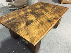 Coffee table. Pine. Rustic top. Rought cut. 20 choises of colors. Pro-pin.ca