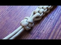 How To Tie A Four Strand Crown And Diamond Knot - YouTube