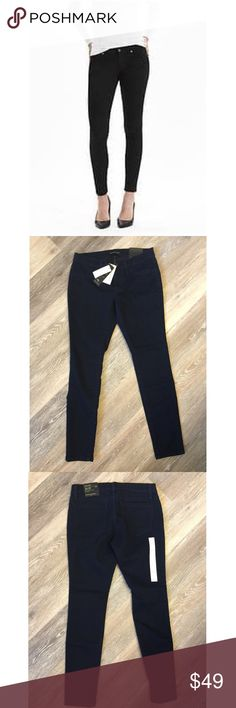 "BANANA REPUBLIC BLACK JEAN LEGGINGS NWT🔹Black Banana Republic Jean Leggings. 🔹2 back pockets 🔹Fitted through hip and thigh🔹Fabric: 80% cotton, 18% polyester, 2% spandex🔹Size : 26/2P 26"" waist, 25"" inseam, 10"" rise.🔹NO trades🔹Smoke free home🔹Bundle discount: 10% off two, 15% off three. 🔹Please go visit our wonderful friend Molinda @molinda25 for more Banana Republic beauties and many other treasures. Banana Republic Pants"