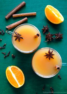 This spiced apple cider is a simple mulled cider recipe, with the addition of star anise. Fall Drinks, Fun Cocktails, Cocktail Recipes, Holiday Drinks, Party Drinks, Drink Recipes, Mulled Cider Recipe, Hot Spiced Cider, Star Anise