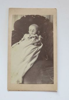POST MORTEM OR SICK CHILD CDV PHOTOGRAPH
