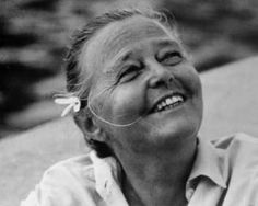 Charlotte Perriand, was a French architect and designer. Her work aimed to create functional living spaces in the belief that better design helps in creating a better society. Charlotte Perriand, Le Corbusier, Magazine Design, Famous Architects, Portraits, Great Women, Art Of Living, Living Spaces, Mid Century Design