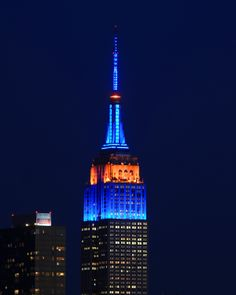 May 12, 2014: We light up in blue and orange for 10 minutes to celebrate the @New York Mets and their #SubwaySeries lead against the @New York Yankees. #Mets