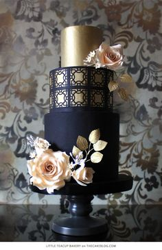 10 Beautiful Black Cakes | including LittleTeacup Bakery | on TheCakeBlog.com