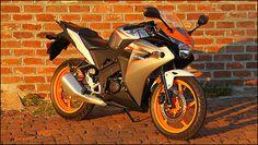 Honda-CBR125R
