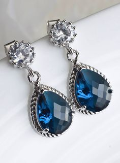 Janet's blue sapphire earrings. Part of the set she wore in her haunting beauty appearance.