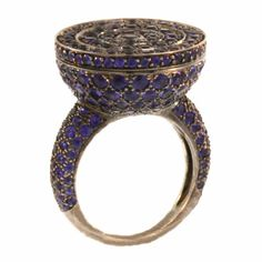 Shop diamond and sapphire dome rings and other antique and vintage rings from the world's best jewelry dealers. Antique Rings, Vintage Rings, Antique Jewelry, Vintage Jewelry, Pandora Jewelry, Jewelry Rings, Jewelery, Fine Jewelry, Boucheron Jewelry