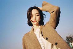 Ulzzang Short Hair, Ulzzang Korean Girl, Son Hwamin, Hwa Min, Cute Korean Fashion, God Of War, Sons, Short Hair Styles, Instagram Posts