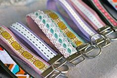 Diy Wristlet Key Fobs from Prudent Baby Ribbon Crafts, Fabric Crafts, Easy Sewing Projects, Sewing Crafts, Quilting Projects, Sewing Tutorials, Homemade Gifts, Diy Gifts, Little Presents