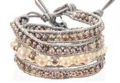 3-fach Bracelet mit Süßwasserperlen und Singlebracelet shop online www.miano.at Shops, Bracelets, Jewelry, Fashion, Fashion Jewelry, Rhinestones, Silver, Bangle Bracelets, Tents