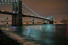 Google Image Result for http://bna-art.s3.amazonaws.com/www.bootsnall.com/articles/wp-content/uploads/2010/02/Brooklyn-Bridge.jpg