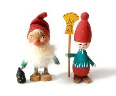 Bo Svensk Swedish Wooden Tomtes
