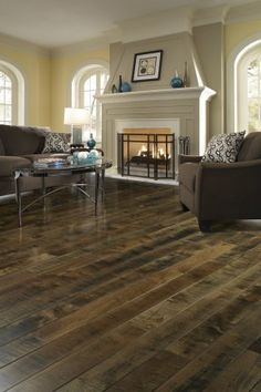 How do you make your flooring flow from carpet to laminate? Is the designer look possible for you? Shaw weighs in. #ShawFlooring #FlooringTips #HomeDesign