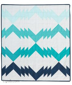 Blue chevron modern quilt by Tiffany Jenkins for 75 Fun Fat-Quarter Quilts book compiled by Roxane Cerda Quilting Projects, Quilting Designs, Sewing Projects, Patchwork Quilting, Scraps Quilt, Quilt Stitching, Quilt Tutorials, Sewing Tutorials, Quilt Patterns