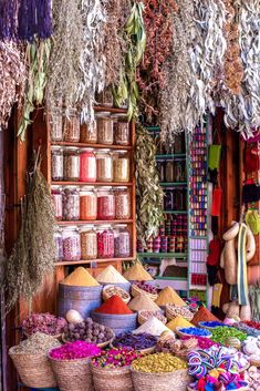 Unique Things to do in Yogyakarta, Indonesia │ Made to Travel Unique Things to do in Yogyakarta, Indonesia │ Made to Travel Ayurveda Massage, Spice Things Up, Things To Do, Digestion Difficile, Spice Trade, Wooden Spice Rack, Troubles Digestifs, Spice Shop, How To Make Purses