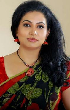 Sivani M. N. S - Google+ Beautiful Girl Indian, Most Beautiful Indian Actress, Gorgeous Women, Beautiful Gorgeous, Beautiful Things, Beautiful People, Indian Face, Indian Beauty Saree, India Beauty