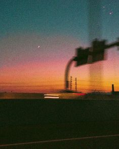 road trippn sunsets are the best Night Aesthetic, Film Aesthetic, Aesthetic Vintage, Aesthetic Photo, Aesthetic Pictures, Music Cover Photos, Film Photography, Aesthetic Wallpapers, Cool Pictures