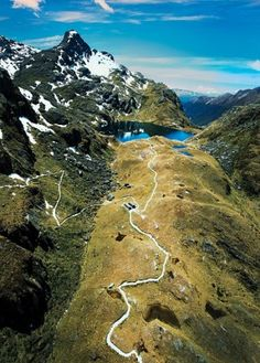 New Zealand Journey Planner: Hiking, Kayaking, Indulging in the Land of the Lord of the Rings: The Thrill is On : News & Features : Condé Nast Traveler