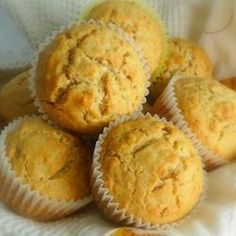 Quick and Easy sweet cornbread Muffins Recipe Sweet Cornbread Muffins, Oat Bran Muffins, Corn Muffins, Muffin Mix, Oatmeal Recipes, Muffin Recipes, Chocolate Recipes, Chocolate Chips, Great Recipes
