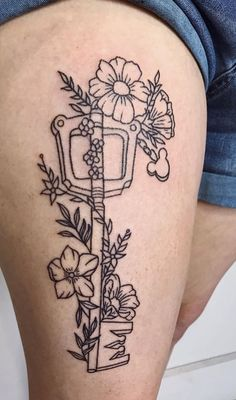Unbelievable Kingdom hearts tattoo The Effective Pictures We Offer You About sunflower Tattoos A quality picture can tell you many things. Kingdom Hearts Tattoo, Gamer Tattoos, Matching Best Friend Tattoos, Matching Tattoos, Dream Tattoos, Future Tattoos, Keyblade Tattoo, Fruit Tattoo, Beautiful Flower Tattoos