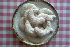 Mandlové rohlíčky-bez vajec Biscuit Recipe, Biscuits, Gluten Free, Desserts, Crack Crackers, Glutenfree, Tailgate Desserts, Cookies, Deserts