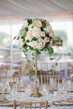 glamorous ballroom wedding centerpiece; photo: Kelly Kollar Photography