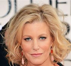 Anna Gunn wore Arbonne Cosmetics at the 2013 Golden Globe Awards . Click this pin for the list of exactly which products she is wearing! Then go to Sereen Salon on FB, Consultant ID# Anna Gunn, Golden Globes 2013, Golden Globe Award, Arbonne Consultant, Bryan Cranston, Red Carpet Looks, Lip Liner, Brows, Pure Products