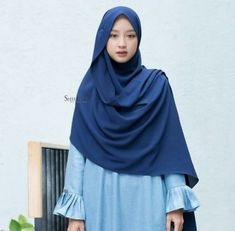 New fashion inspiration casual stylists ideas Muslim Women Fashion, Islamic Fashion, Latest Fashion For Women, Trendy Fashion, Fashion Models, Fall Fashion, Modest Dresses, Modest Outfits, Modest Fashion
