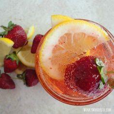 Strawberry Lemonade Fizz—add a slug of vodka!