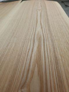 32 Stroken Europees Essen Kern 35,5/39,5x301xcm – Hout-Fineer.nl Hardwood Floors, Flooring, Crafts, Essen, Wood Floor Tiles, Wood Flooring, Manualidades, Handmade Crafts, Craft
