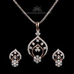 Alluring Diamond Pendant Set