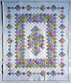 http://www.quiltindex.org/fulldisplay.php?kid=1E-3D-51 Clamshell - The Quilt Index