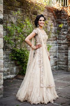 Today my post is all about stylish indian american fusion wedding dresses! Browse our beautiful collection of indian american fusion wedding dresses Indian Wedding Outfits, Bridal Outfits, Wedding Attire, Indian Outfits, Bridal Dresses, Wedding Gowns, Indian White Wedding Dress, Wedding Reception, Indian Weddings