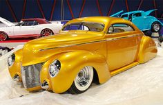 1940 Mercury Maintenance of old vehicles: the material for new cogs/casters/gears could be cast polyamide which I (Cast polyamide) can produce
