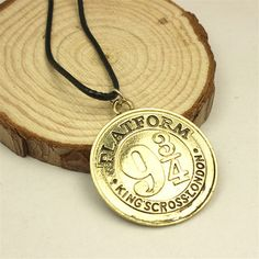 Harry Potter Platform 9¾ Necklace //Price: $7.00 & FREE Shipping…