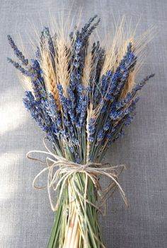 Brides Bouquet of Lavender and Wheat Custom Made Handtied We.- Brides Bouquet of Lavender and Wheat Custom Made Handtied - Lavender Bouquet, Dried Flower Bouquet, Flower Bouquet Wedding, Dried Flowers, Non Flower Bouquets, Rustic Wedding Bouquets, Rustic Bouquet, Lavender Flowers, Flowers Nature