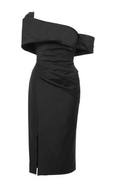 Founded in 2013 by former celebrity stylist and fashion editor Mary Alice Haney, the LA-based brand is famed for its figure-flattering, couture-like dressed infused with the designer's signature California ease. Featuring an off-the-shoulder asymmetrical neckline that gives way to a reserved side slit, this black midi Haney dress is no ordinary LBD. Main fabric 90% polyamide, 10% elastane. Lining 95 silk, 5% lycra Made in USA